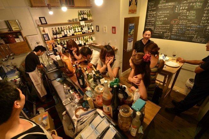 知ってる人は知っている!石川町の有名ワインバル『鯖寅果実酒商店』に行ってみた!